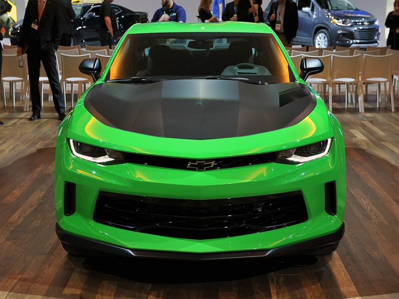 2017 Chevy Camaro Front View Image