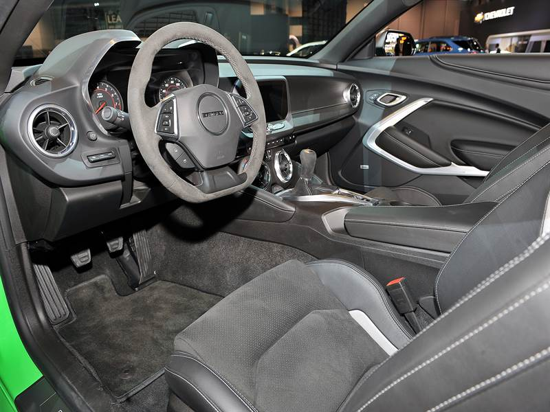 2017 Chevy Camaro Exotic Interior View Photo
