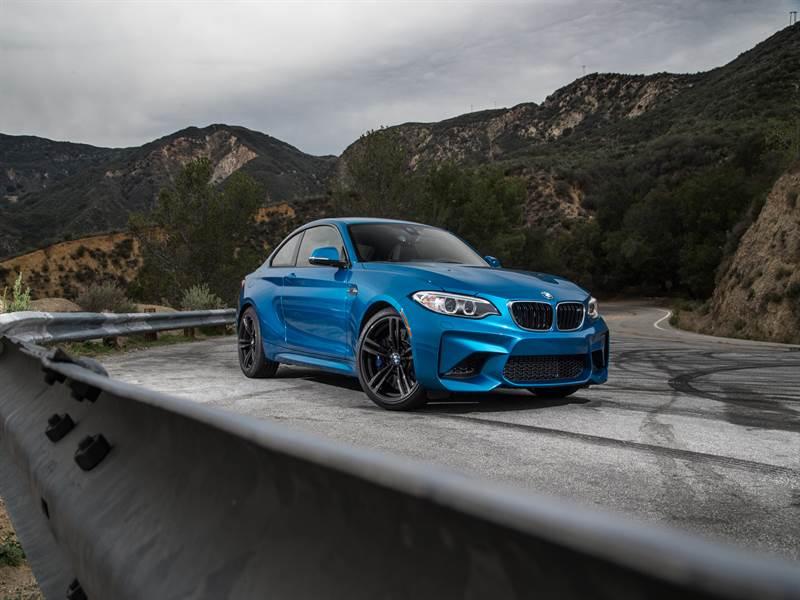 BMW M2 High Resolution Wallpaper